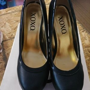 "XOXO Camille Black Platforms Pumps 4 3/4"" Stiletto"